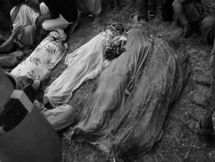 पोखरीमा नुहाउने क्रममा डुबेर चारजना बालिकाको मृत्यु