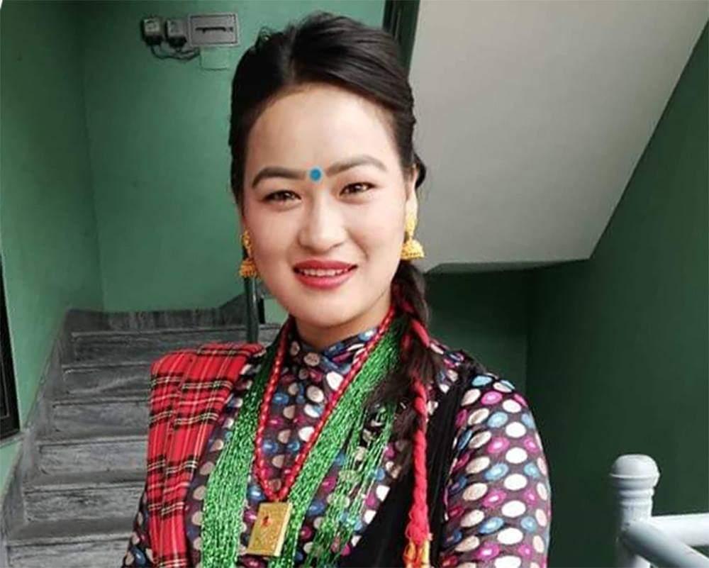 गुरुङ चलचित्रमा छाउँदै नायिका मञ्जु